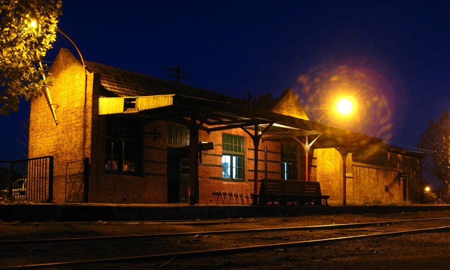 Estación ferroviaria de Uribelarrea. Imagen: Sebastián Darlo/Flickr, 2009.