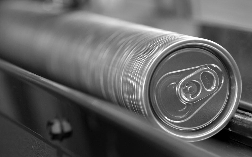 La lata ayuda a mantener el frío. Imagen: Ball Corporation.