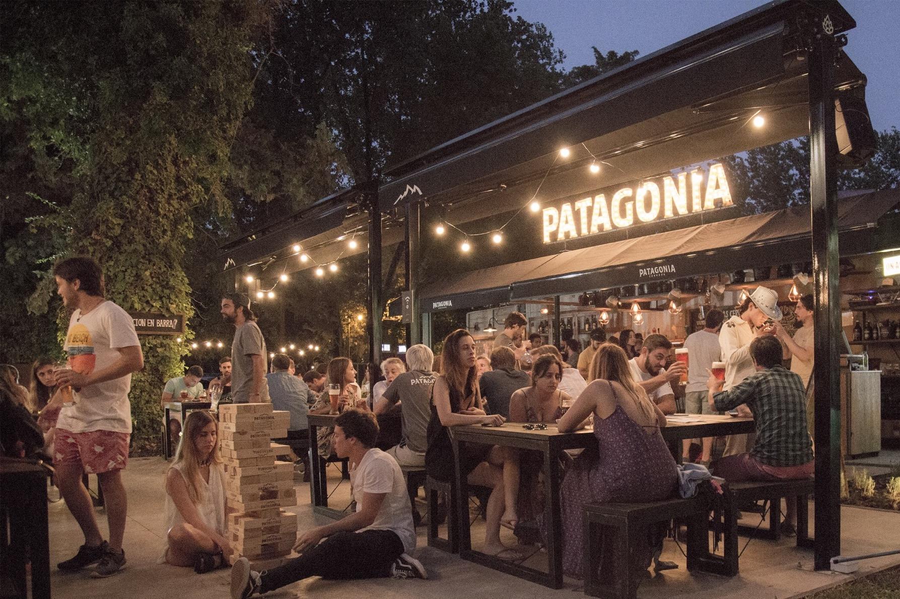Refugios Patagonia: Jardín Cervecero Maschwitz. Imagen: Cervecería Patagonia.