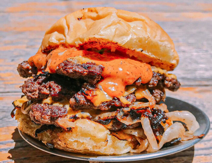 growlers burger day